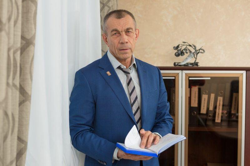Матвеев Станислав Юрьевич, Председателем совета директоров УК